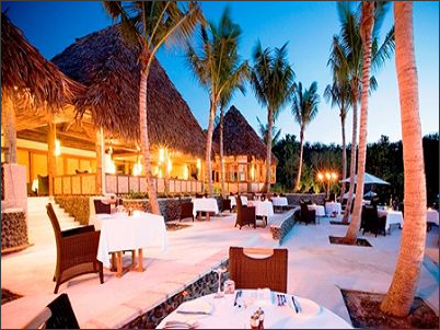 Fijiana restaurant at Likuliku Lagoon Resort.