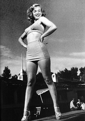 Marilyn Monroe strutting her stuff at the Racquet Club in Palm Springs.