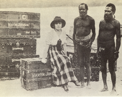 Osa Johnson's reception upon reaching New Hebrides (Vanuatu).