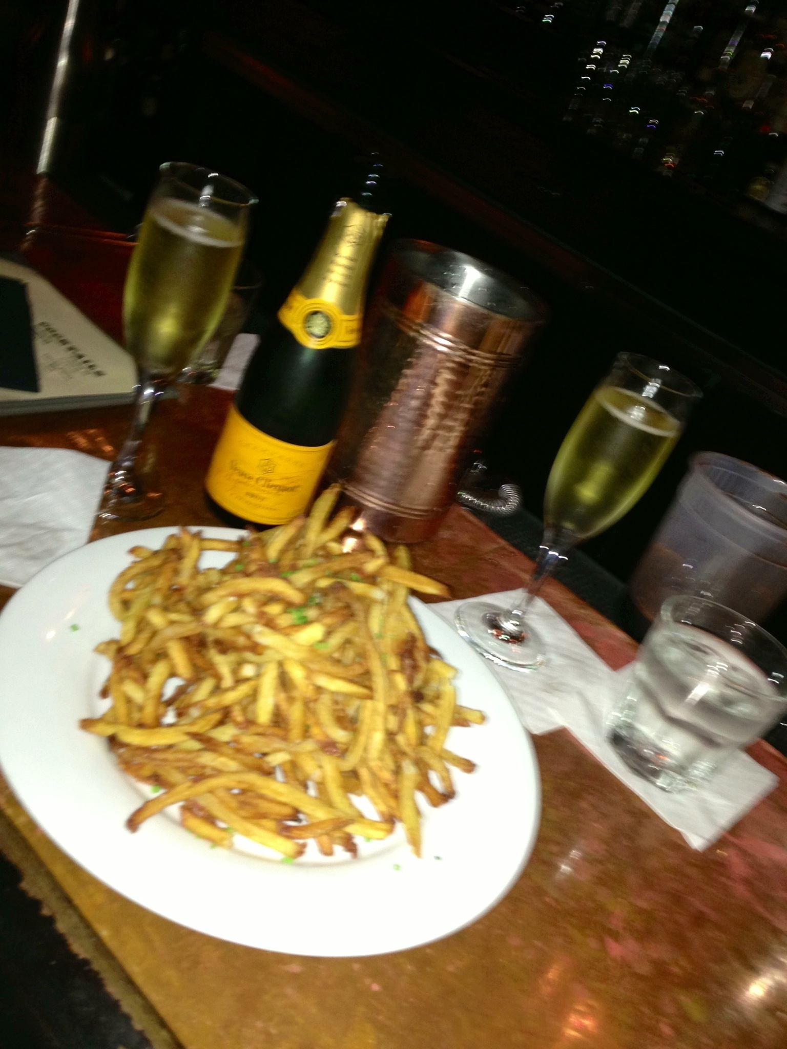 Champagne and fries in new orleans for Food bar new orleans