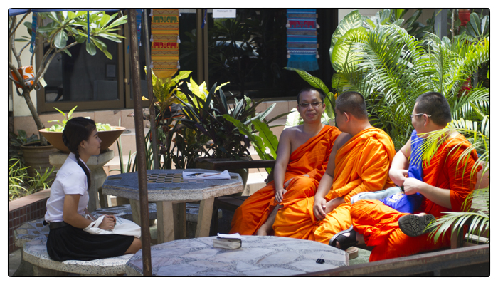 Monk Chat at Wat Chedi Luang